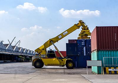 Stortruckfører over 10 tonn løft